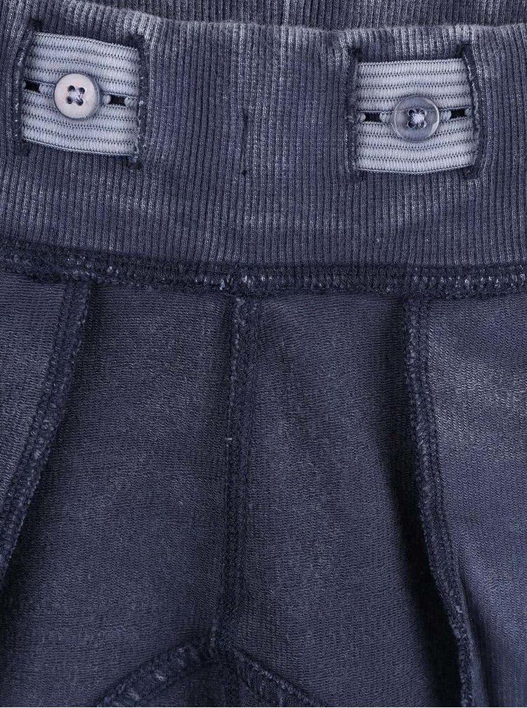 Tmavě modré klučičí tepláky s vyšisovaným efektem name it Sole