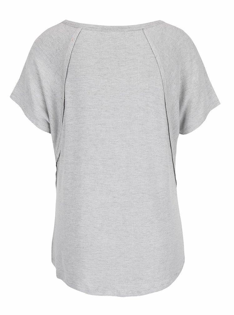 Tricou crem Rip Curl Alegre cu imprimeu pentru femei