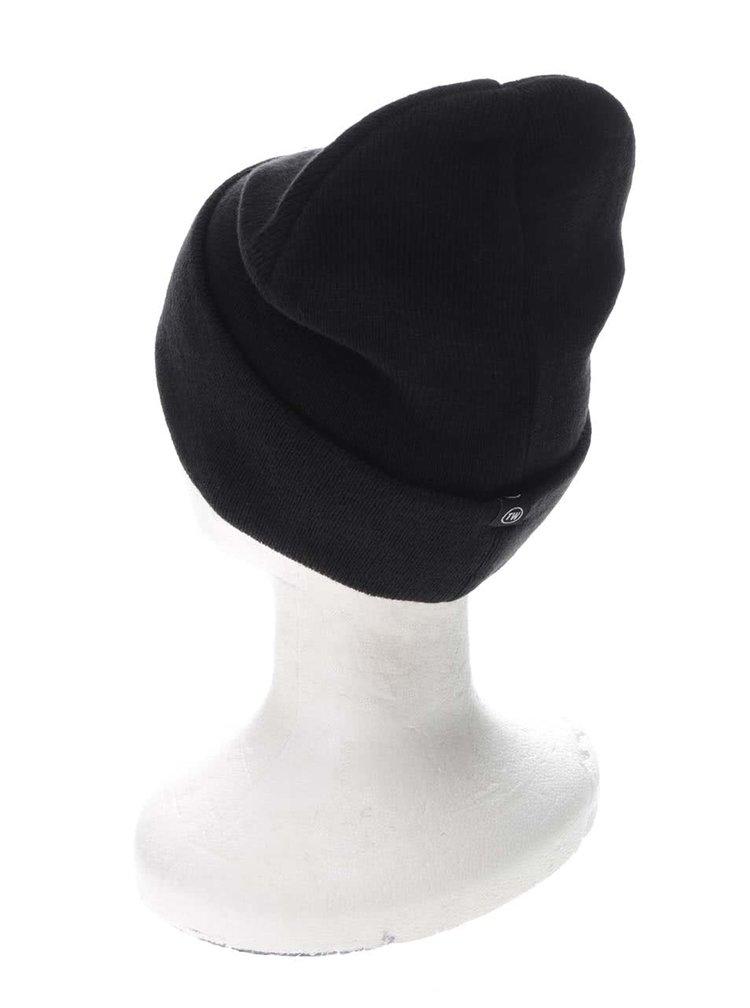 Čierna čapica s výšivkou jednorožca TALLY WEiJL