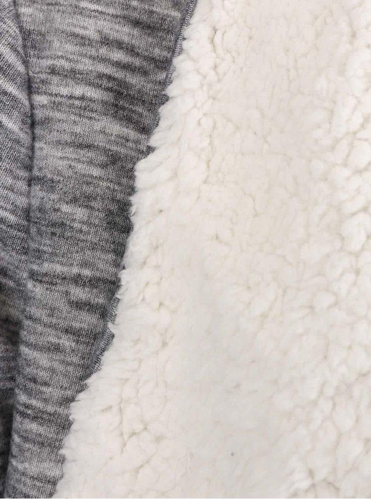Šedý žíhaný kardigan s kožíškem VERO MODA Ilsa