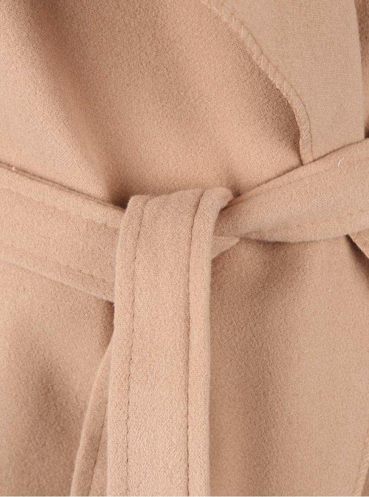Béžový kratší flaušový kabát s páskem Madonna