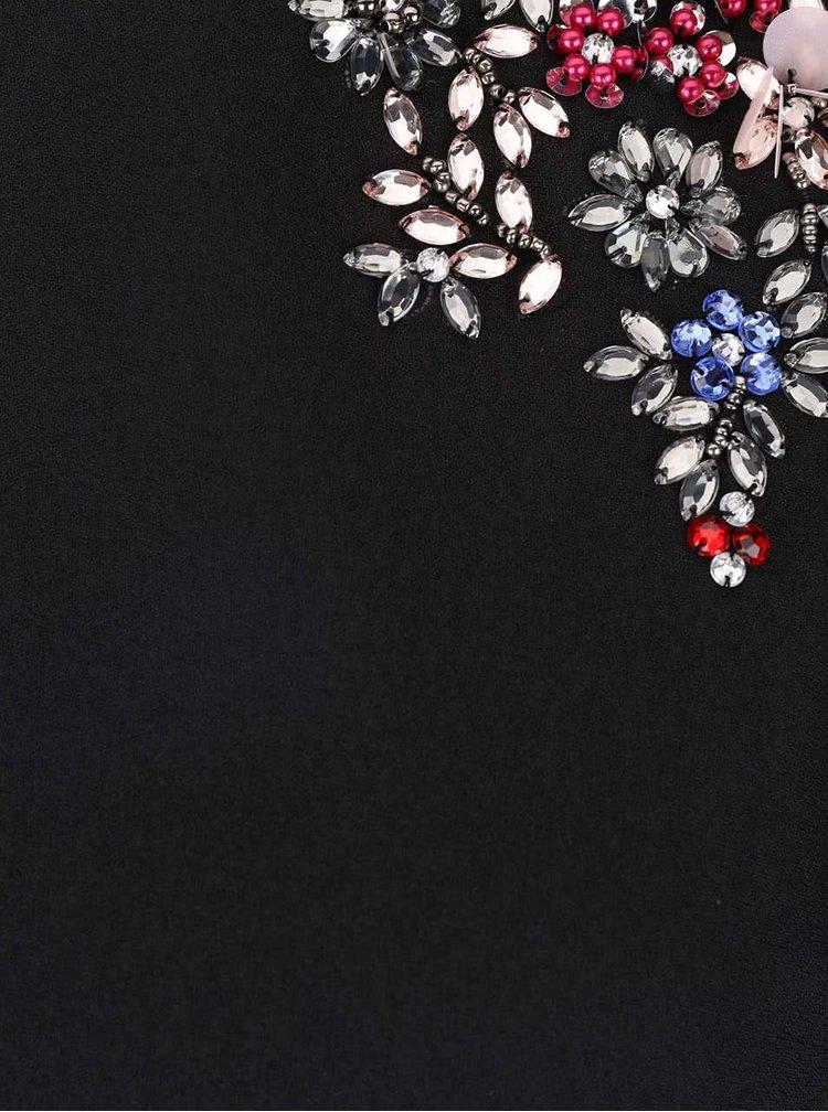 Černé dlouhé šaty s ozdobným detailem na ramenou Little Mistress