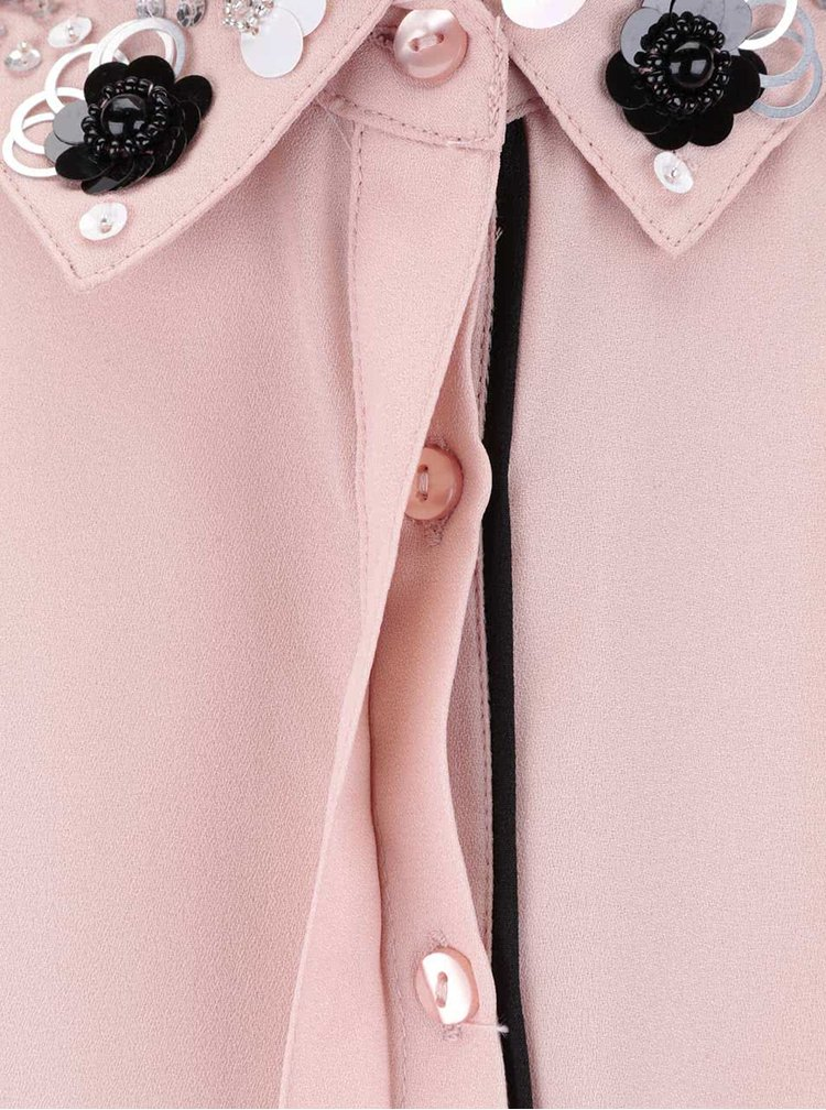 Růžová propínací halenka s aplikací na límečku Miss Selfridge
