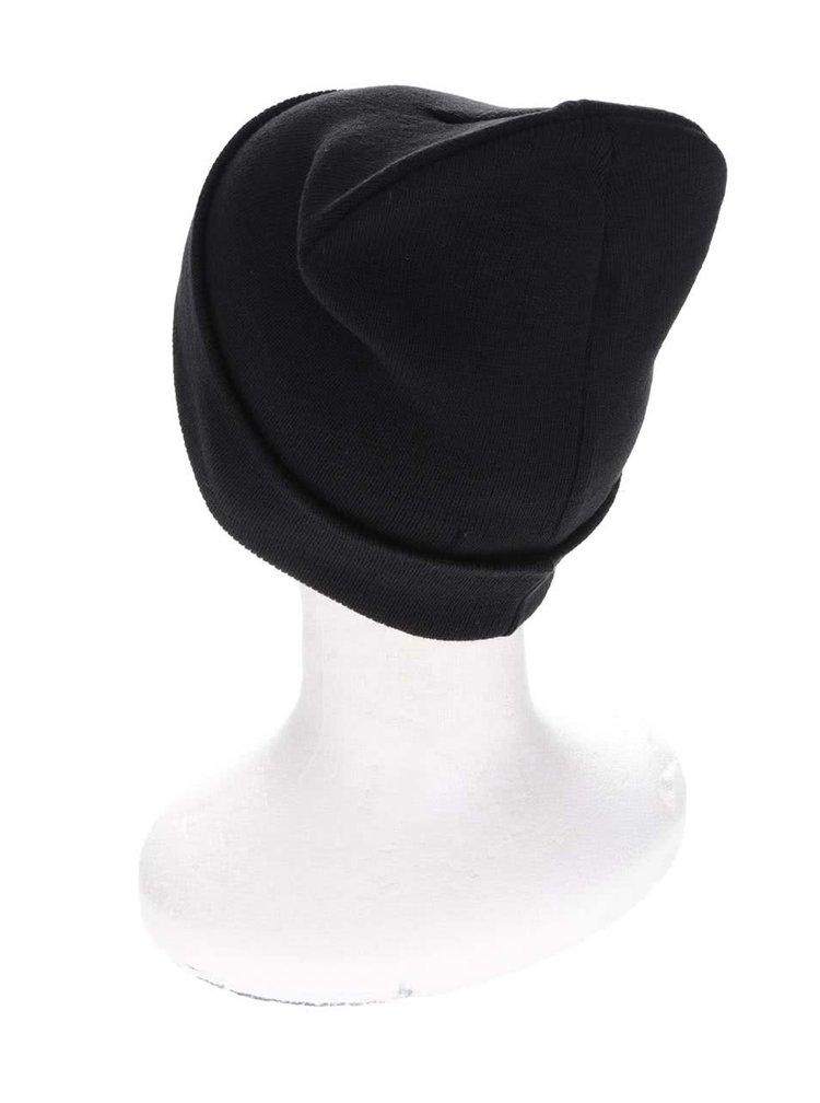 Čierna zimná čiapka s vyhrnutým lemom Blend