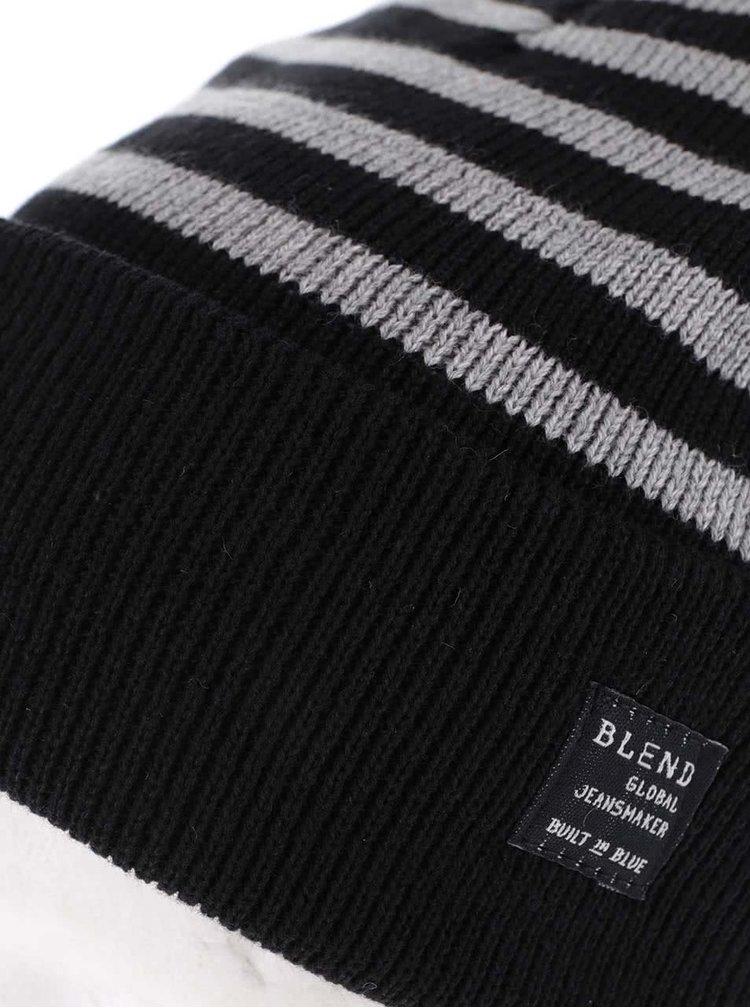 Černá čepice se světle šedými pruhy Blend