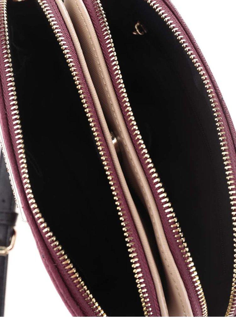 Vínová crossbody kabelka v semišové úpravě Dorothy Perkins