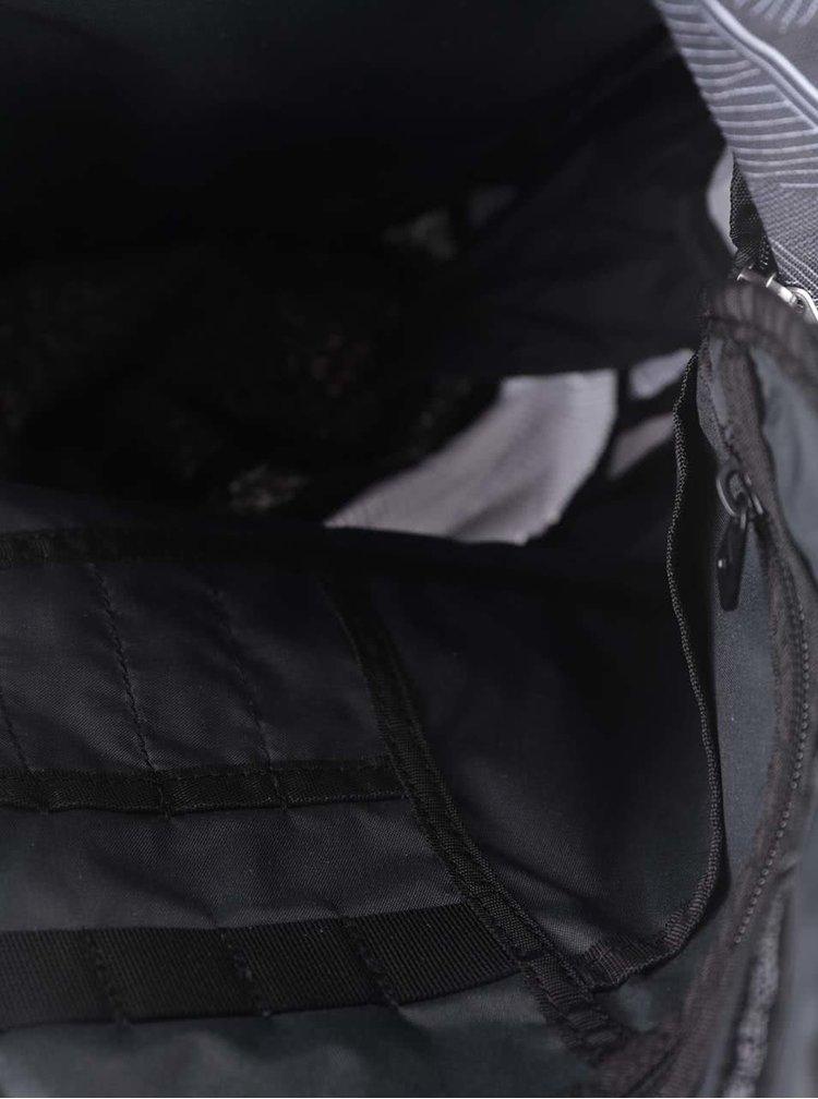 Rucsac negru Nike Cheyenne 3.0 cu model discretx