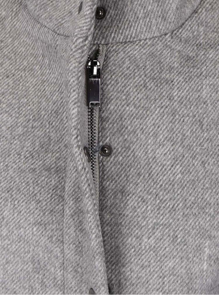 Svetlosivý kabát s golierom VERO MODA One Dope