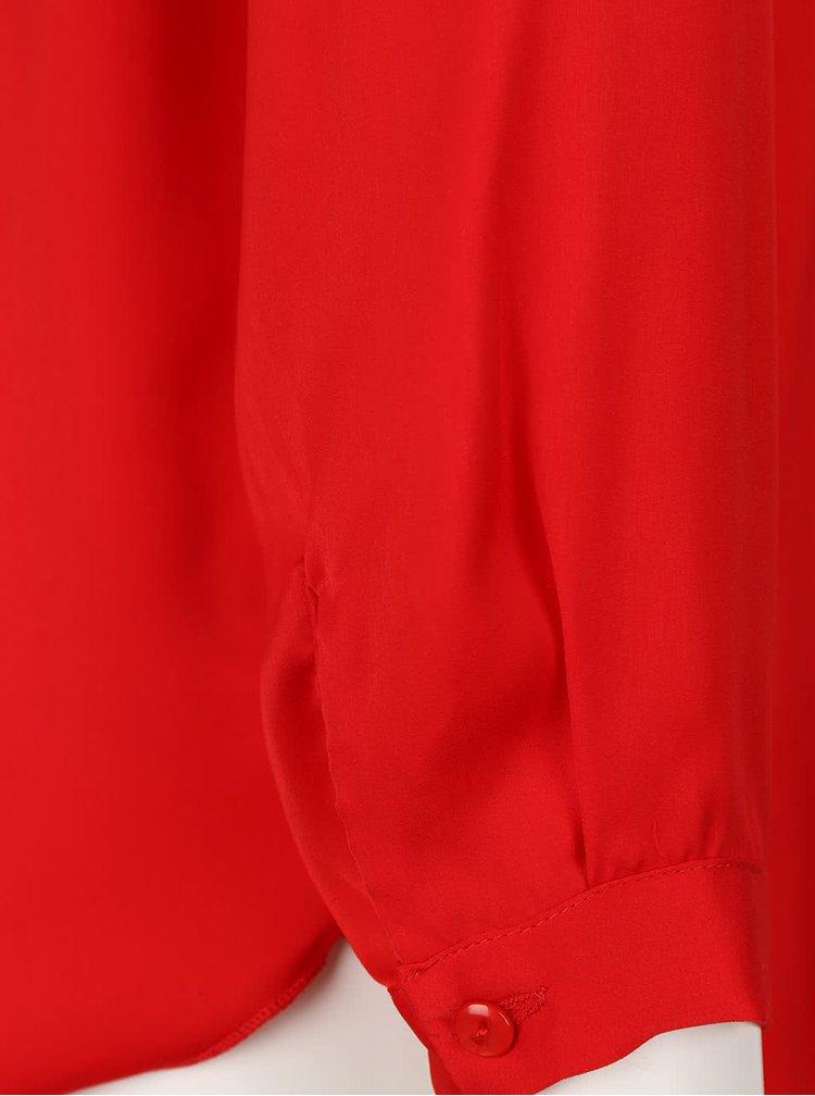 Červená volnější saténová halenka Alchymi Verenia