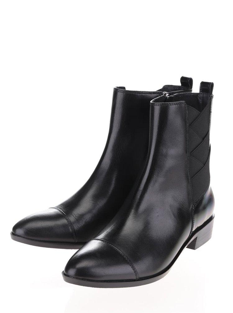 Černé dámské chelsea kožené kotníkové boty s gumou Geox Lover