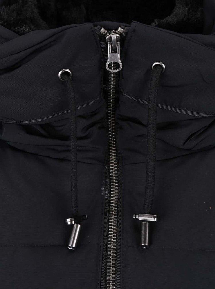 Černá prošívaná bunda ICHI Snappi