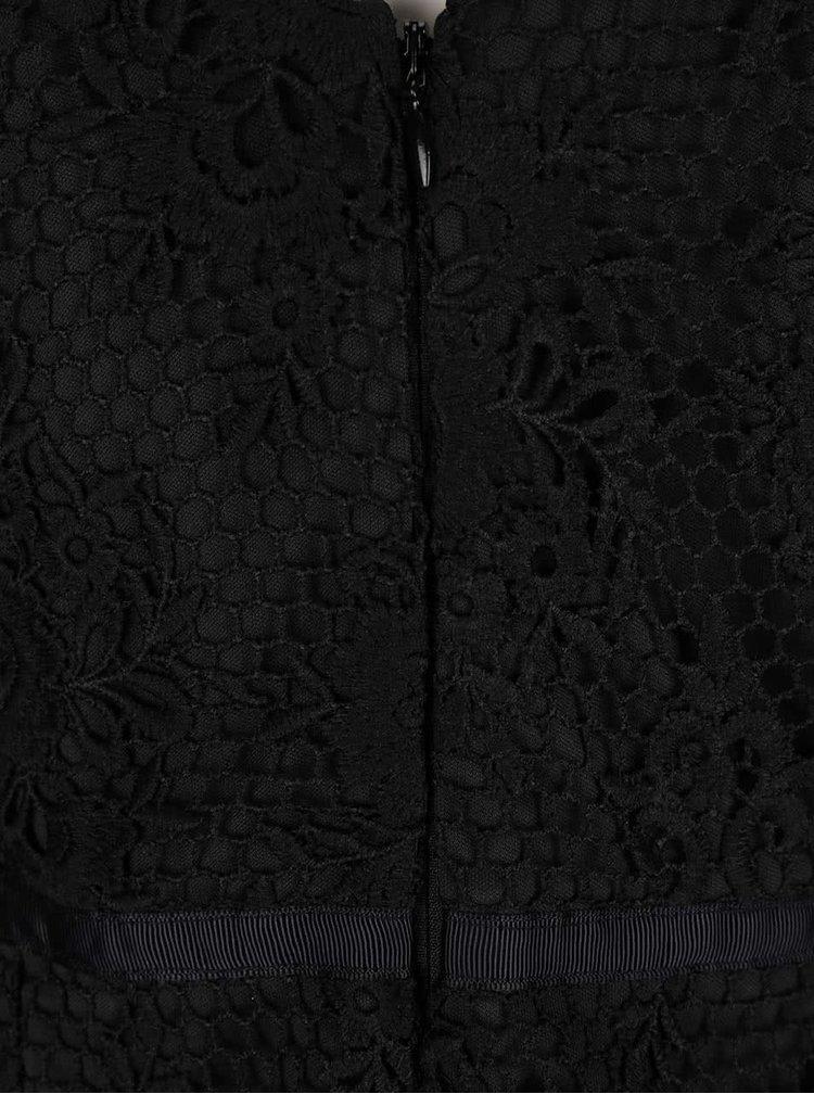 Černé krajkované šaty s úzkými ramínky Lipsy