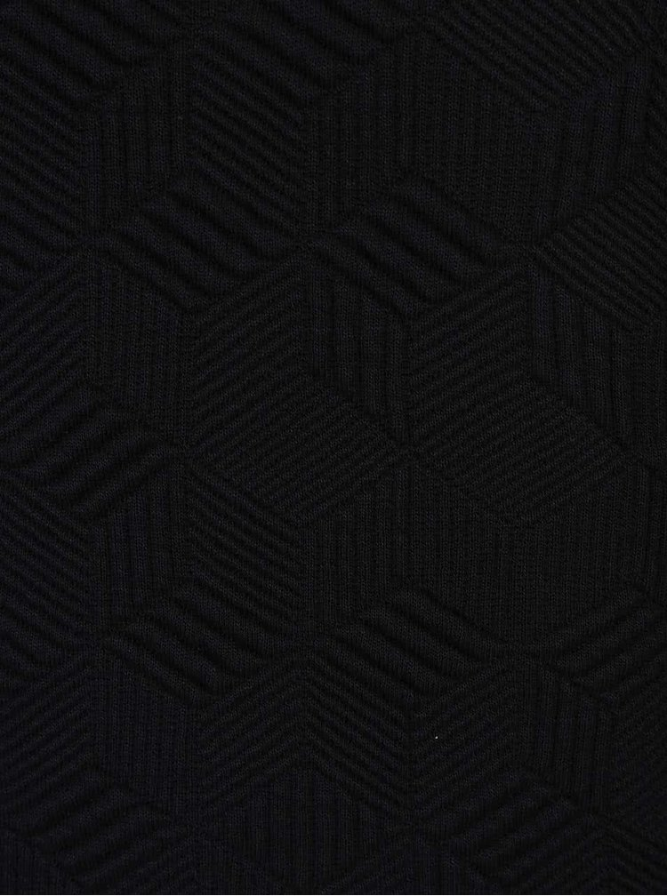 Černé šaty s plastickým vzorem gsus