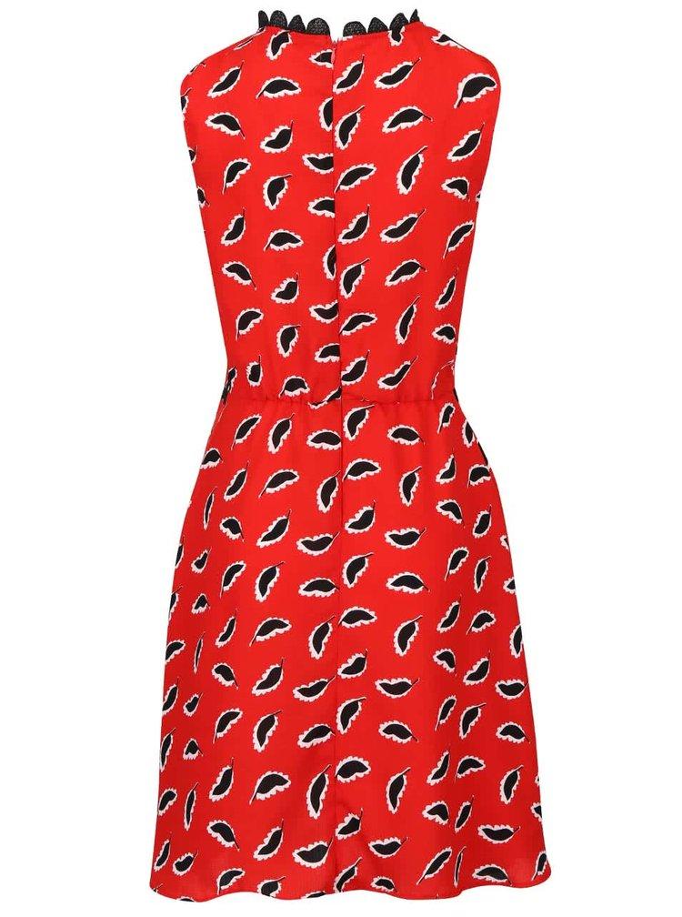 Rochie roșie Trollied Dolly Twiggycu inserții dantelă