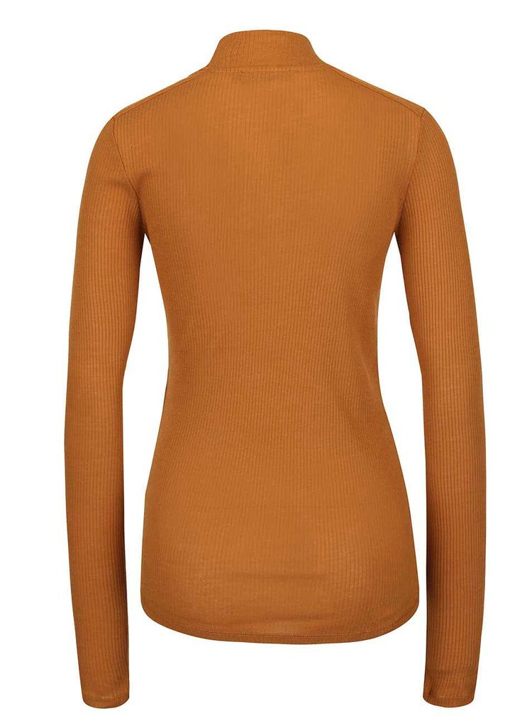 Světle hnědé tričko se stojáčkem a dlouhým rukávem gsus