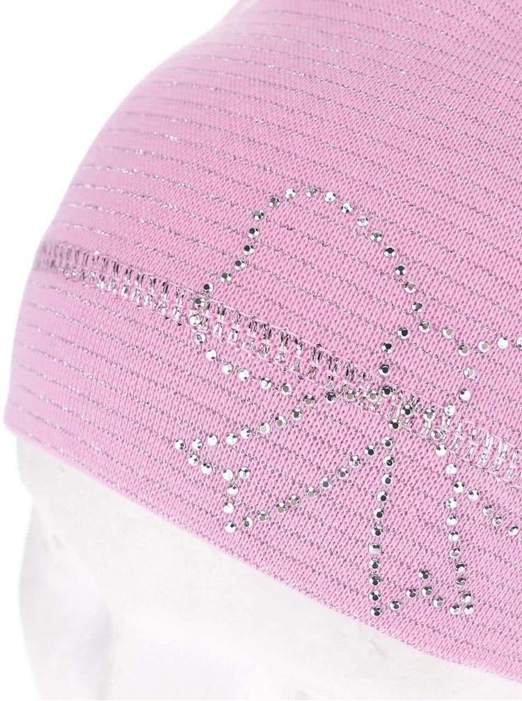 Růžová holčičí pruhovaná čepice s aplikací 5.10.15.