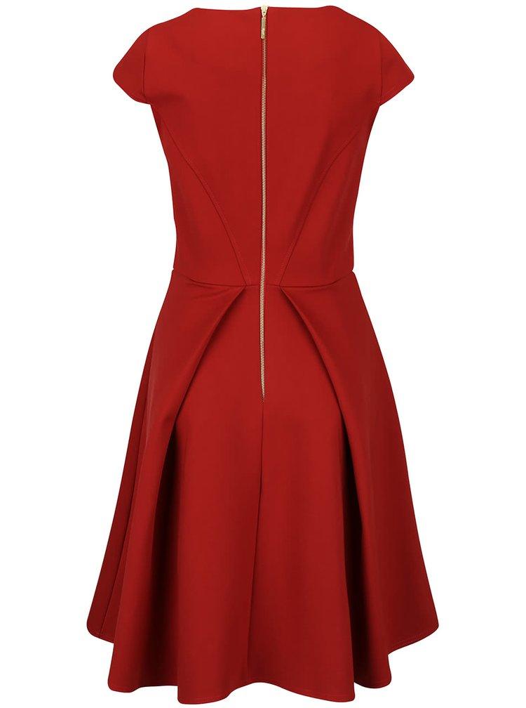 Tehlové šaty Closet