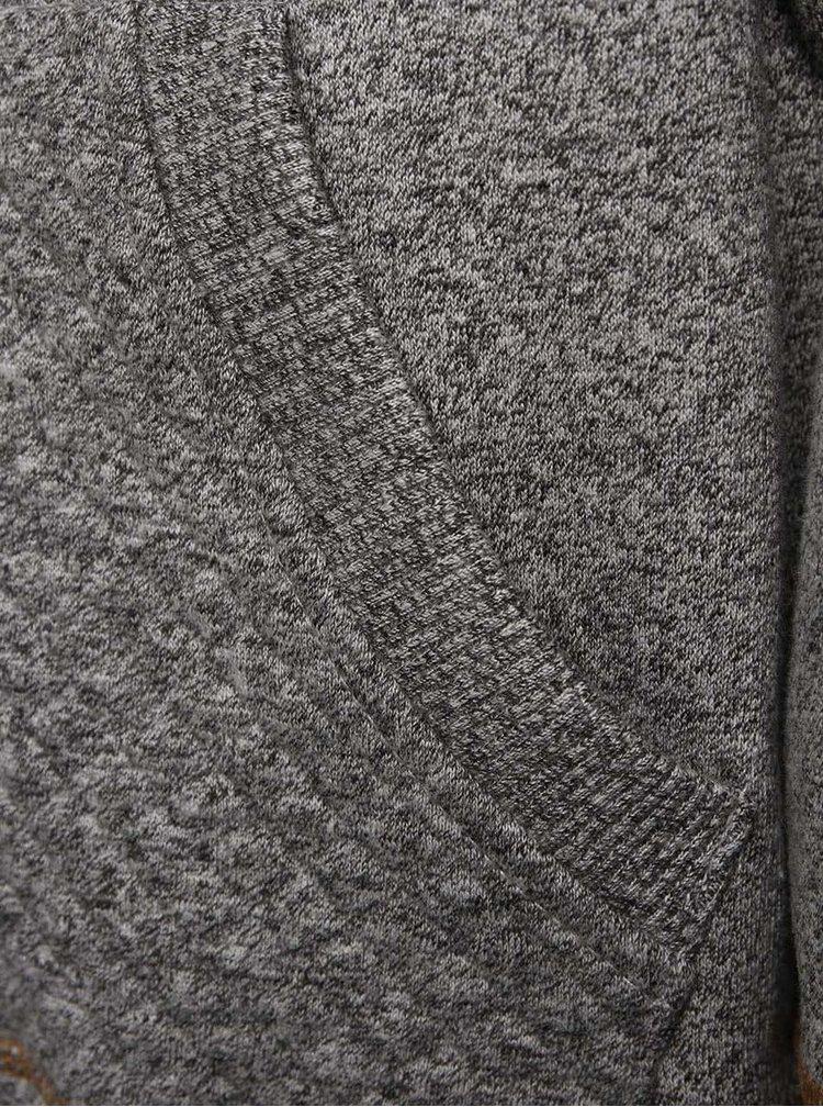Šedá žíhaná klučičí mikina s hnědými detaily 5.10.15.