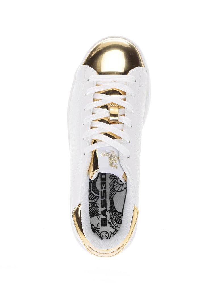 Biele dámske tenisky s lesklými detailmi v zlatej farbe Bassed