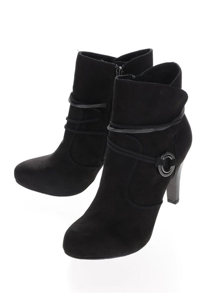 Černé boty na podpatku v semišové úpravě Tamaris