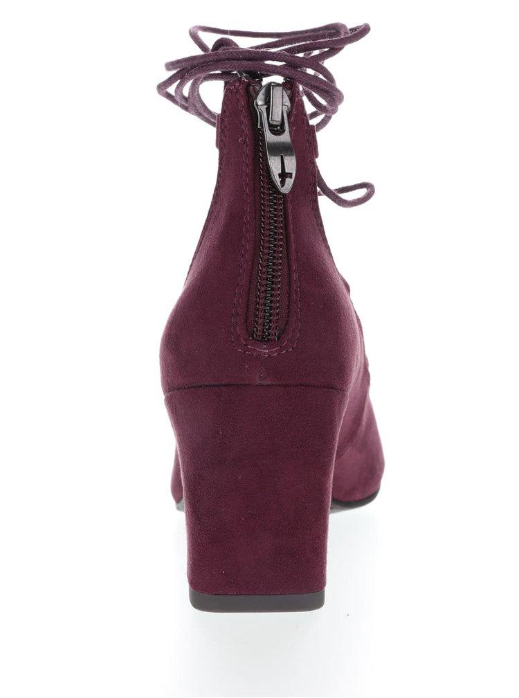 Vínové boty se šněrováním v semišové úpravě Tamaris
