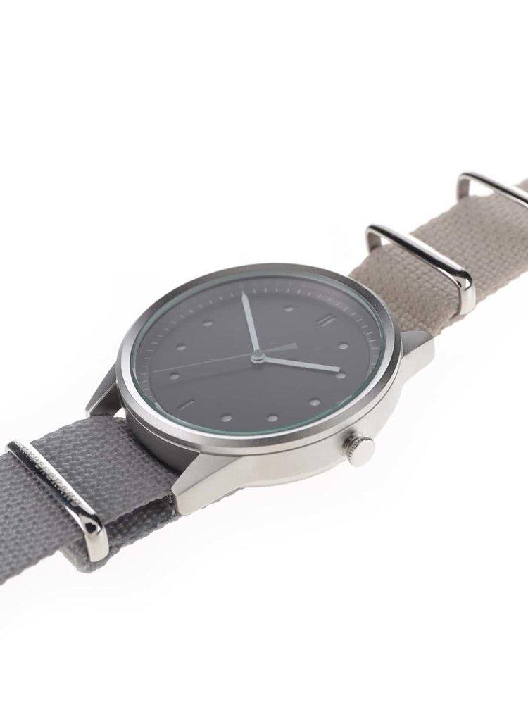 Pánske hodinky v striebornej farbe HYPERGRAND