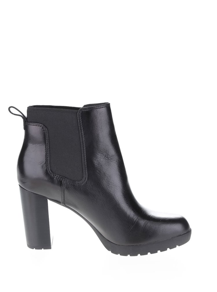 Černé dámské kožené kotníkové boty Clarks Elipsa Dee