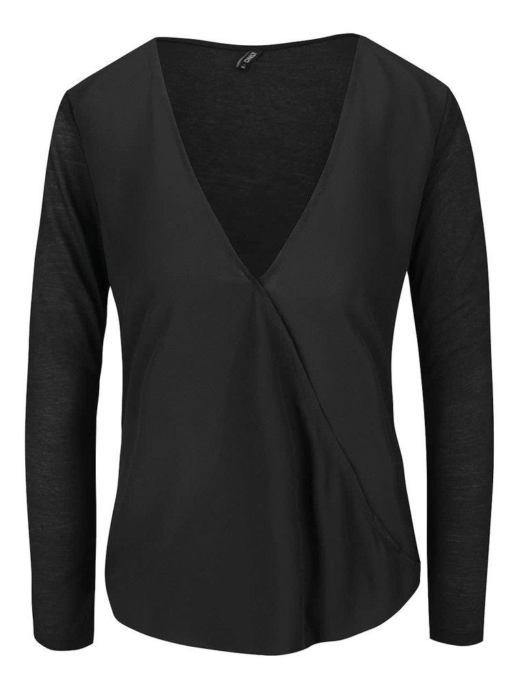 Bluza neagra ONLY Palma cu croi asimetric