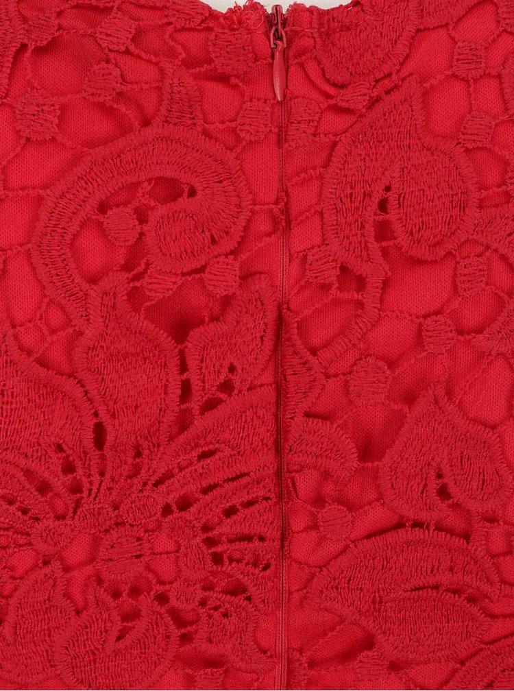 Červené krajkové midišaty AX Paris