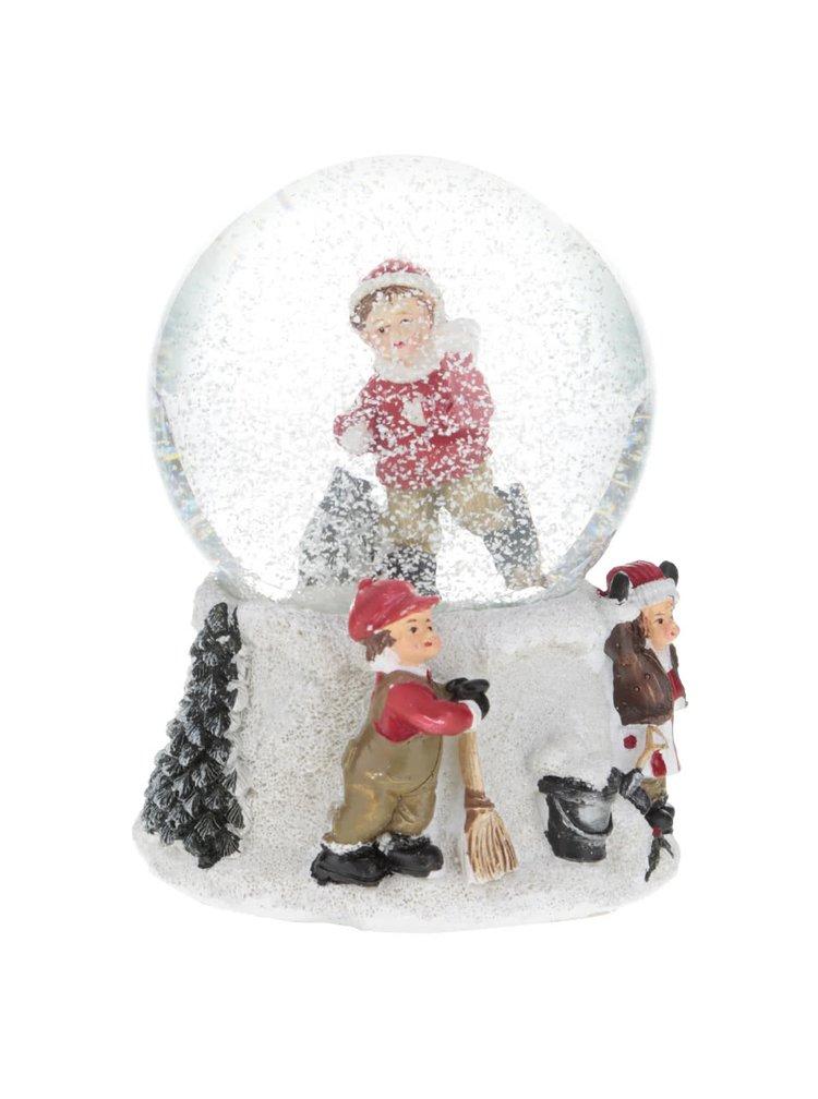 Bílé sněžítko s chlapcem Dakls