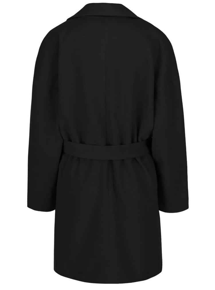 Čierny kabát b.young