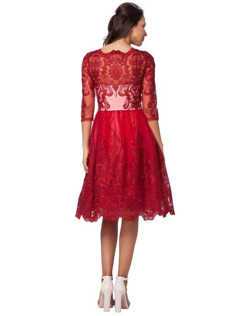 Červené čipkované šaty s bielym živôtikom Chi Chi London