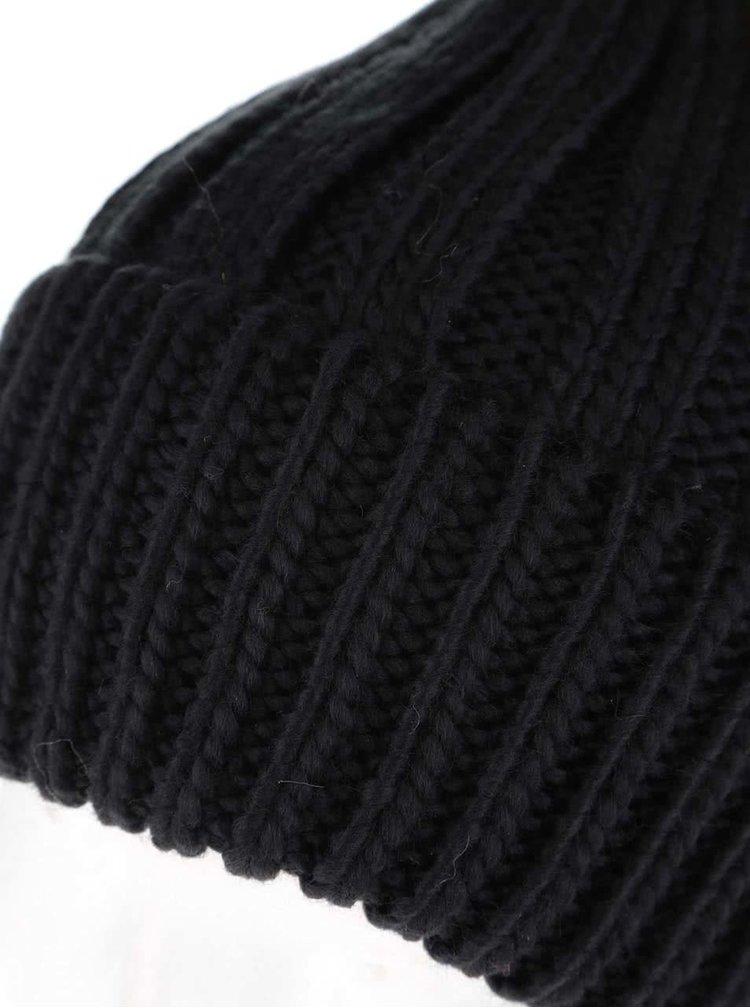 Černá čepice s hnědou bambulí Tally Weijl