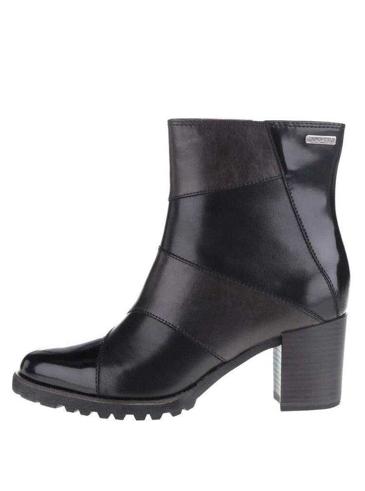 Černé kotníkové kožené boty na podpatku Tamaris