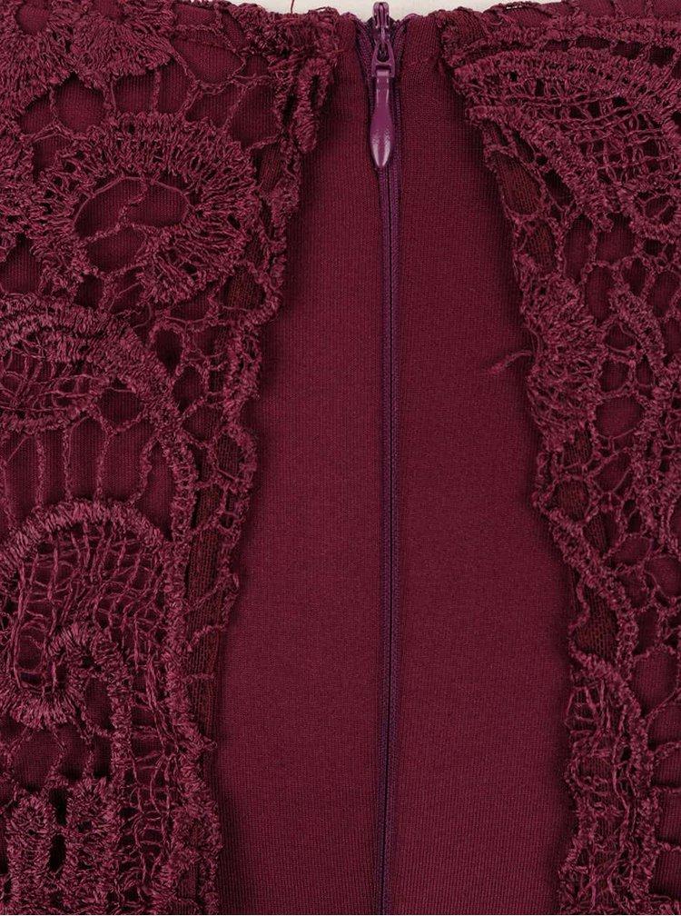 Vínové čipkované šaty AX Paris
