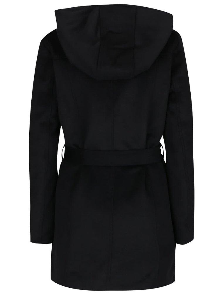 Černý kabát s páskem a kapucí VERO MODA