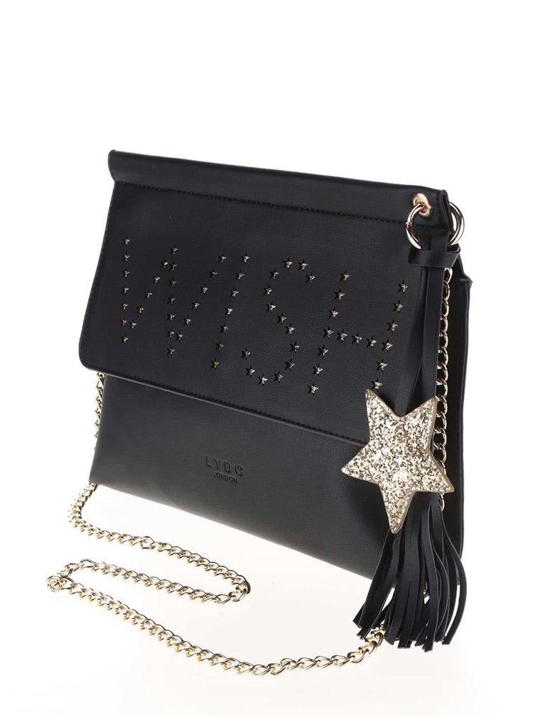 Černá menší kabelka s nápisem LYDC