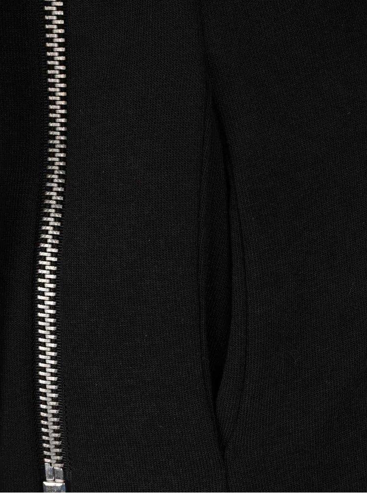 Černý kabát s asymetrickým zapínáním a páskem Haily´s Minnie