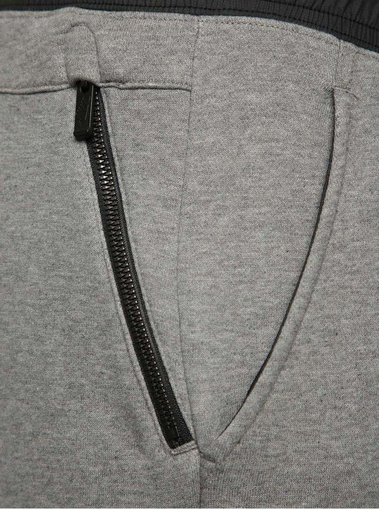 Šedé pánské tepláky Nike Modern
