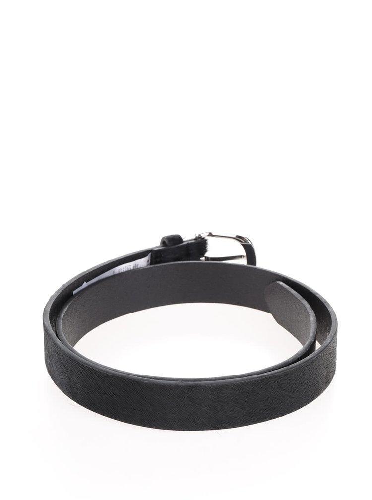 Černý kožený pásek s nízkým vlasem Pieces Darcy