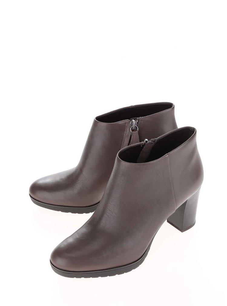 Hnědé dámské kožené boty na podpatku Geox Raphal Mid