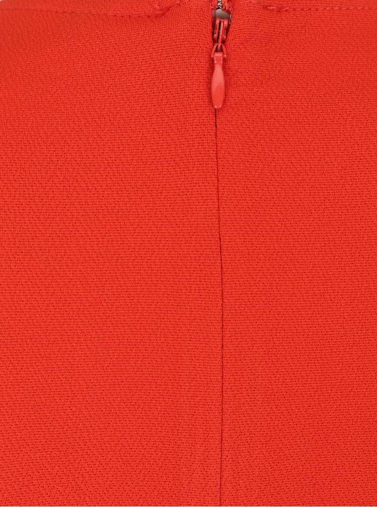 Červený overal s překládaným výstřihem a páskem Miss Selfridge