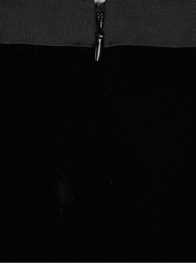 Černé sametové šaty s krajkou Miss Selfridge