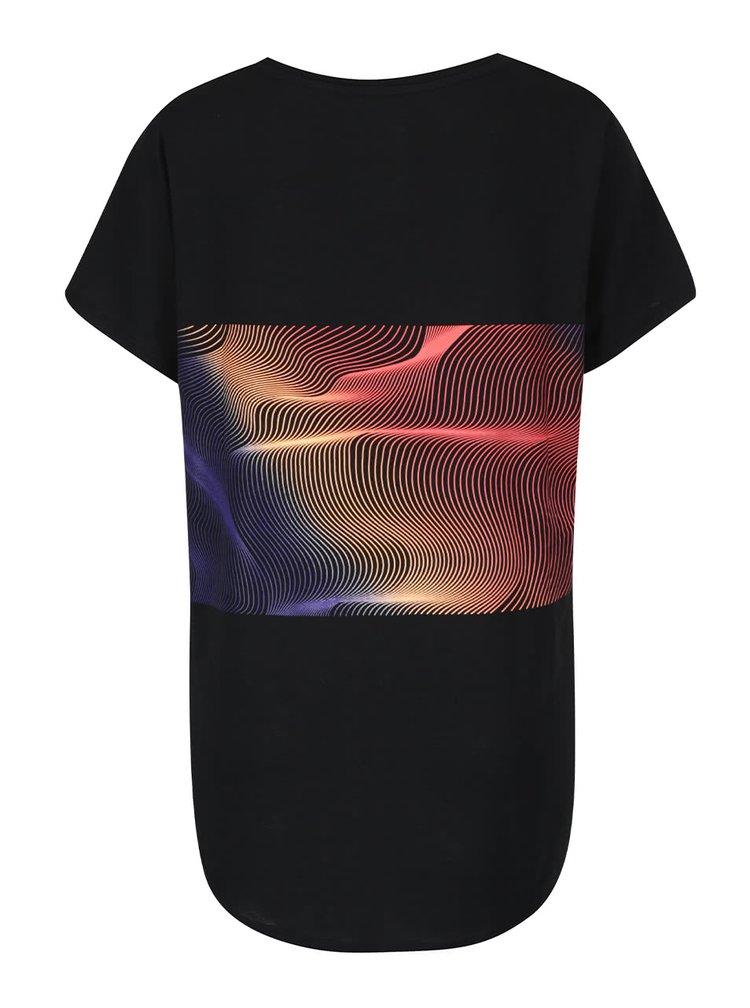 Čierne športové tričko s potlačou Nike