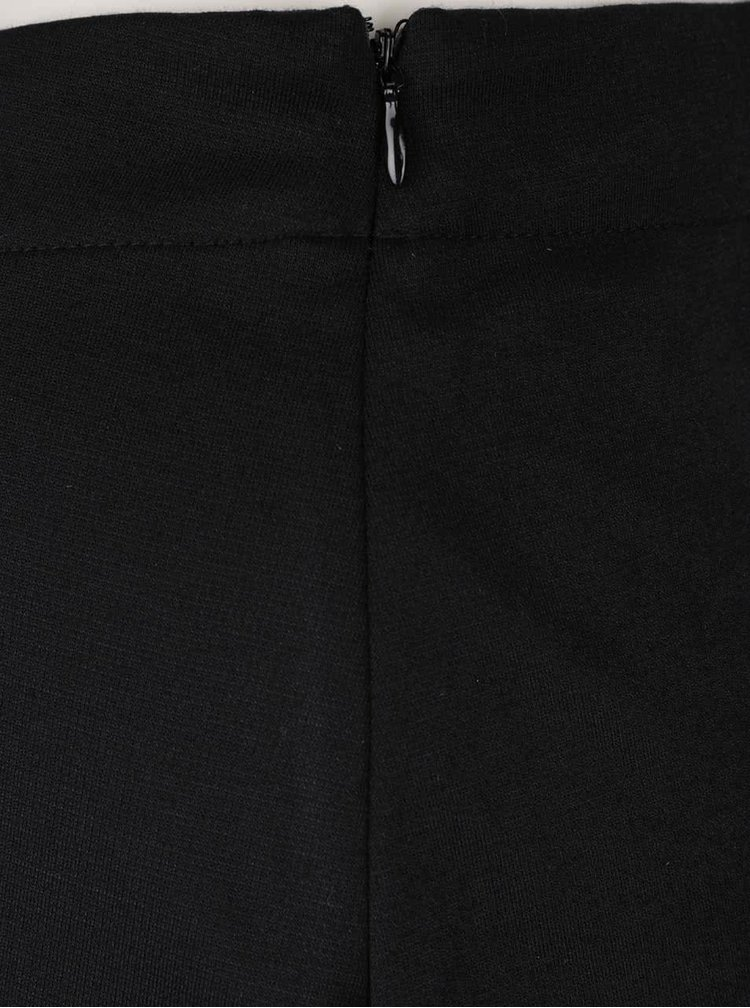 Černá sukně s odepínacími laclem Noisy May