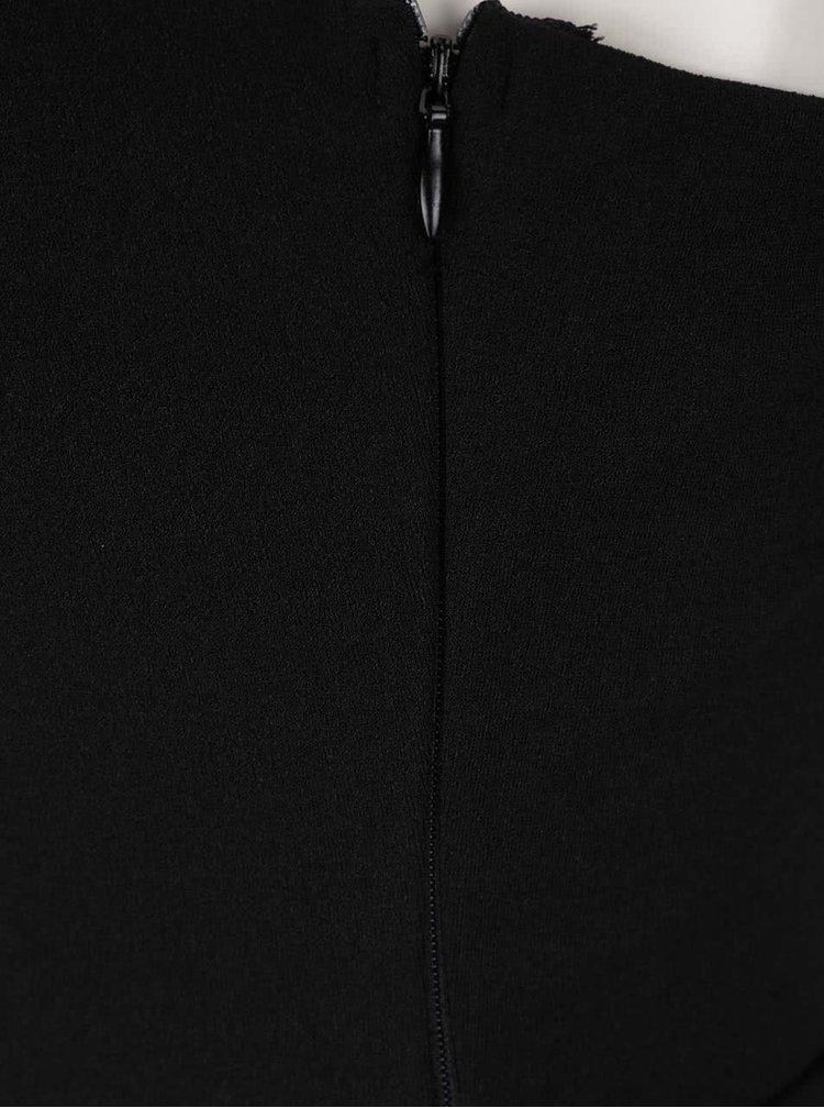 Černý overal s ozdobnou sponou Mela London