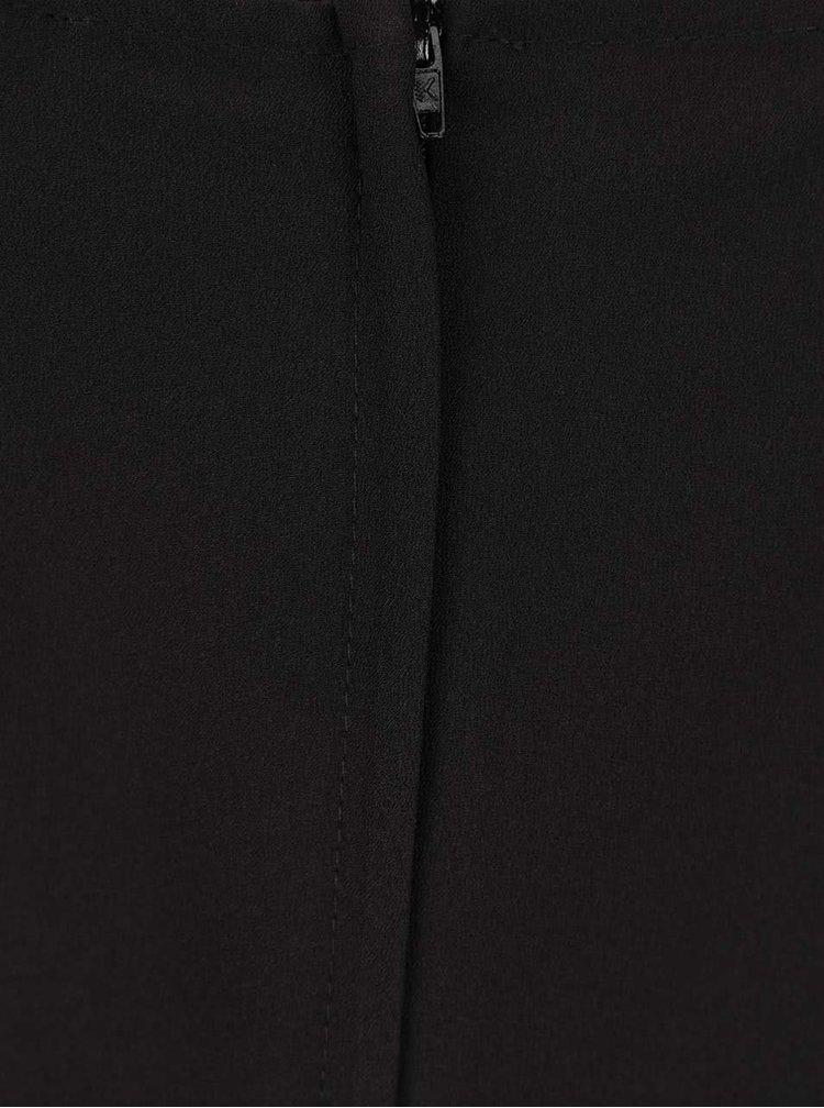Černý overal s odhalenými rameny a zavazováním v pase Miss Selfridge