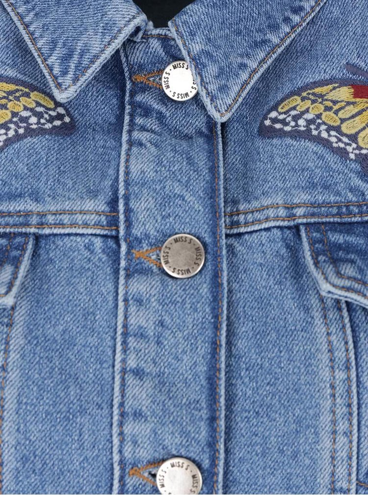 Světle modrá džínová bunda s vyšitými motýly Miss Selfridge
