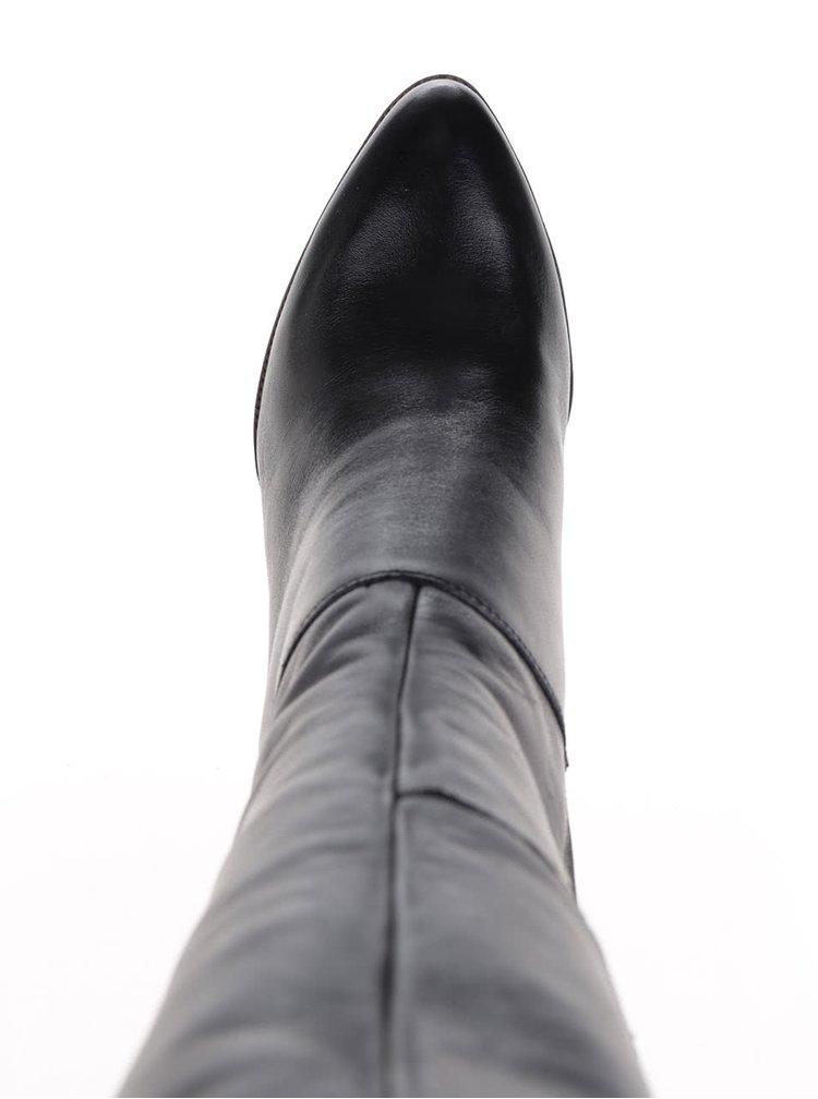 Černé kožené kozačky na podpatku Tamaris