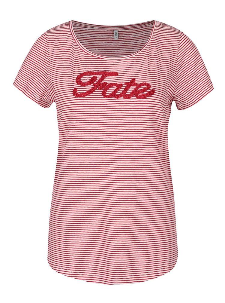 Krémovo-červené pruhované tričko s výšivkou ONLY Fate